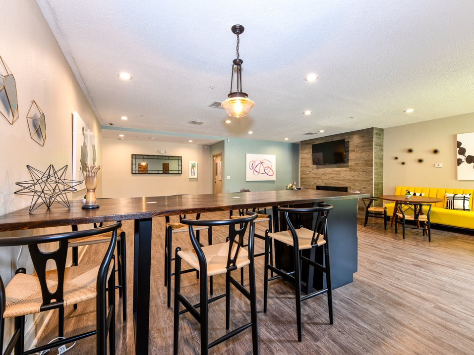 Beautiful Community Features at The Park at Forest Hill Apartments in Memphis, Tennessee