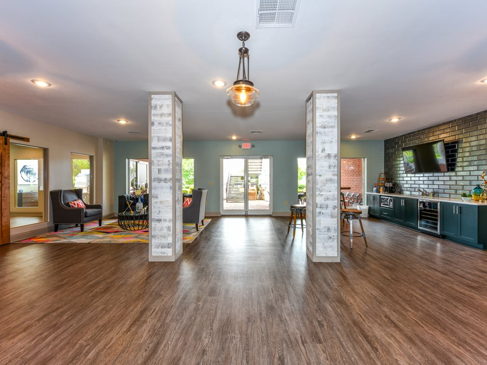 Luxury Apartments in Memphis at The Park at Forest Hill Apartments in Memphis, Tennessee
