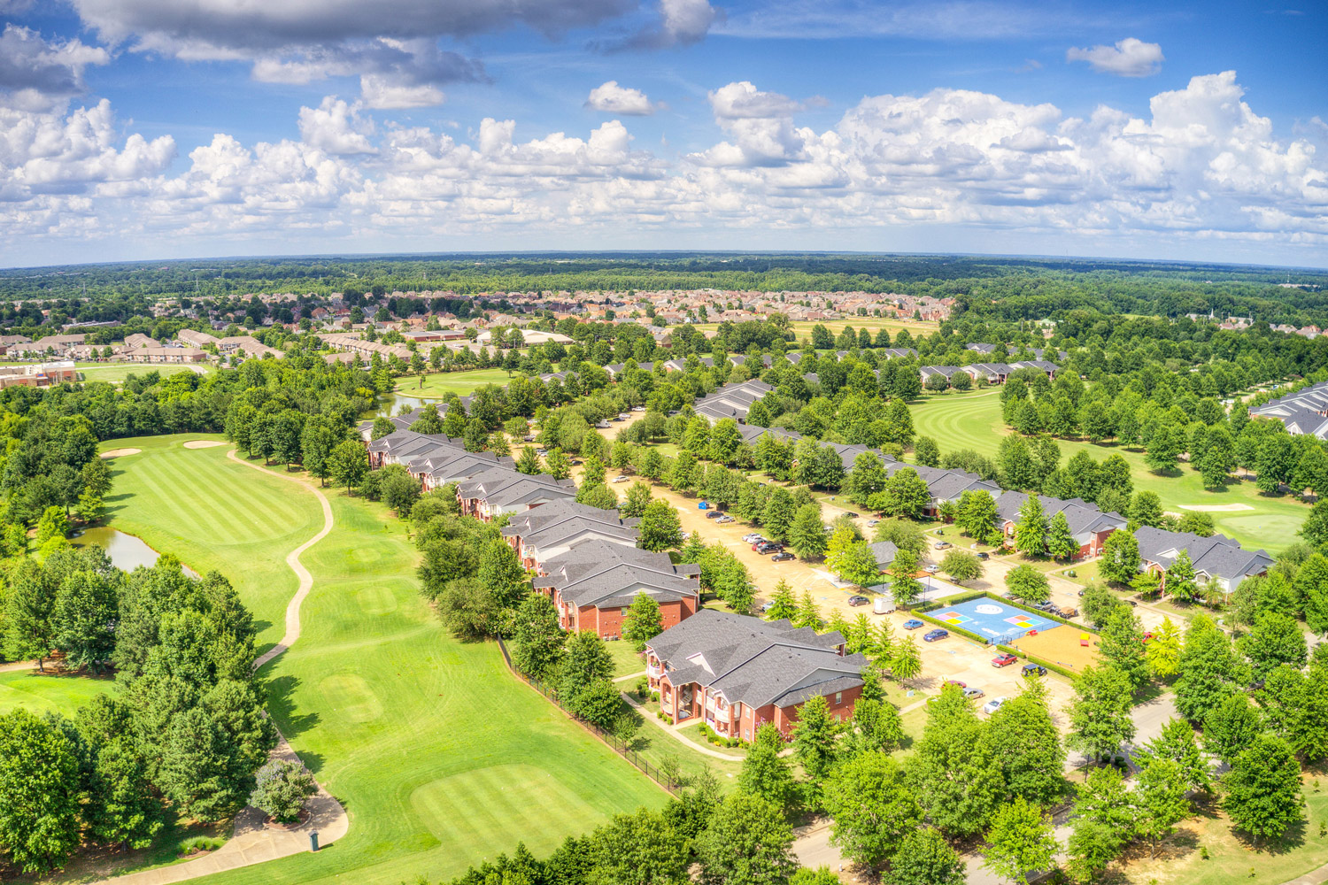 Beautiful Neighborhood at The Park at Forest Hill Apartments in Memphis, Tennessee