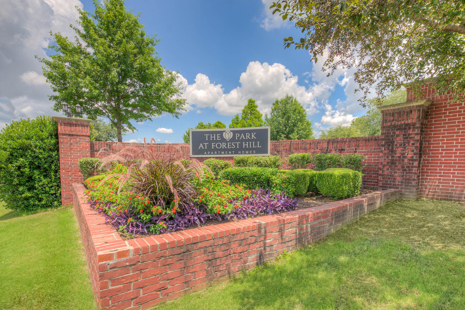Front Signage at The Park at Forest Hill Apartments in Memphis, Tennessee