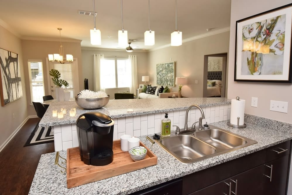 Updated Cabinetry at Park Rowe Village Apartments in Baton Rouge, Louisiana