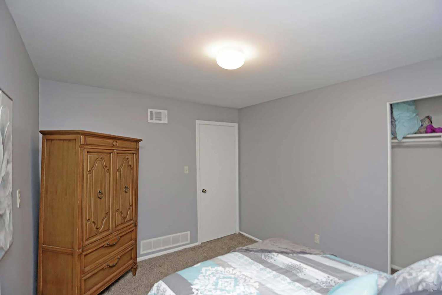 Cozy Bedrooms at Parkville Place Apartments in Parkville, MO