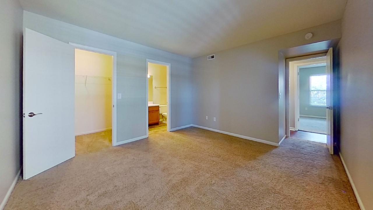 Full Service Maintenance Available at Patterson Place Apartments in Saint Louis, Missouri