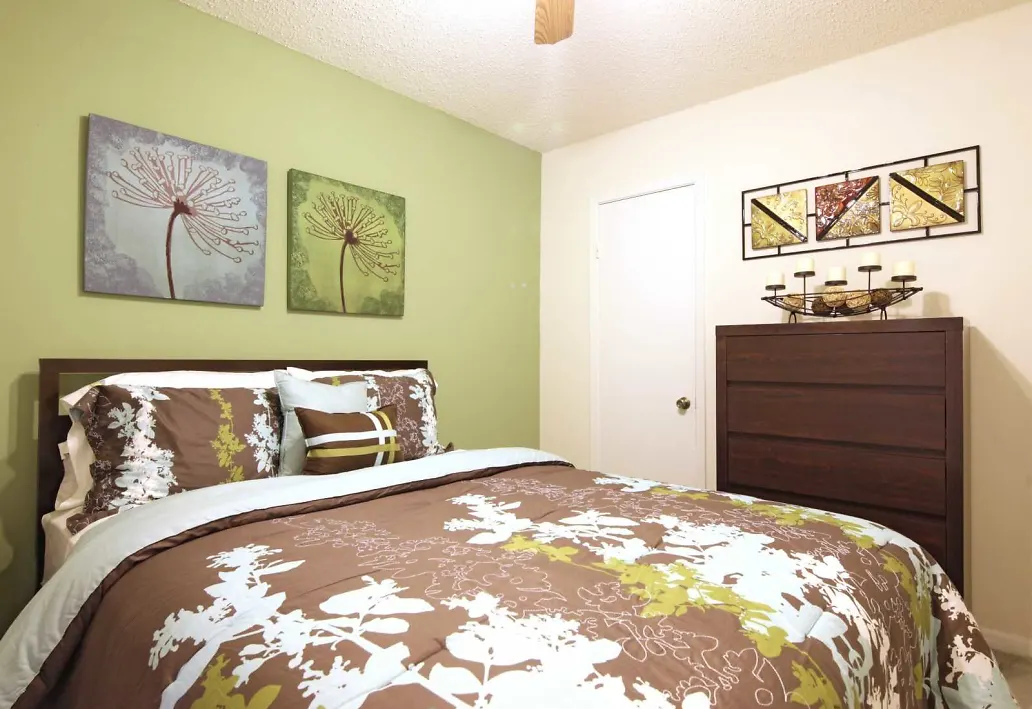 Two Bedroom Apartments at Pepper Cove Apartments in Miami, FL