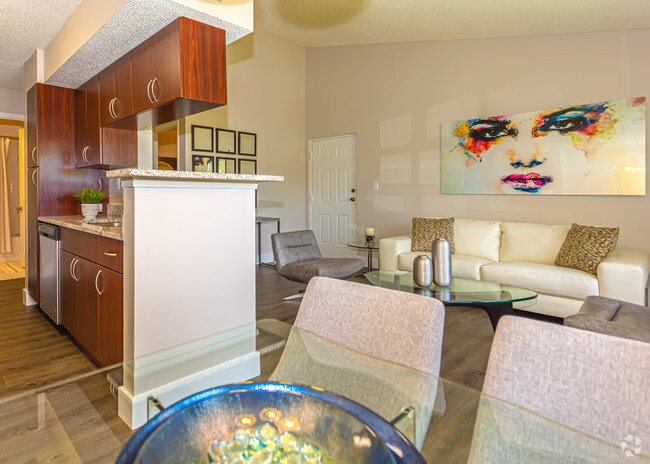 Professional Management at Pepper Cove Apartments in Miami, FL