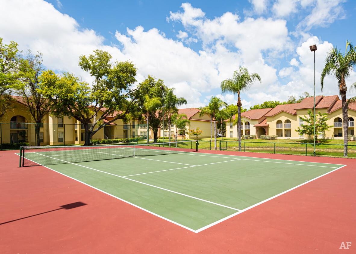 Tennis Court at Pepper Cove Apartments in Miami, FL