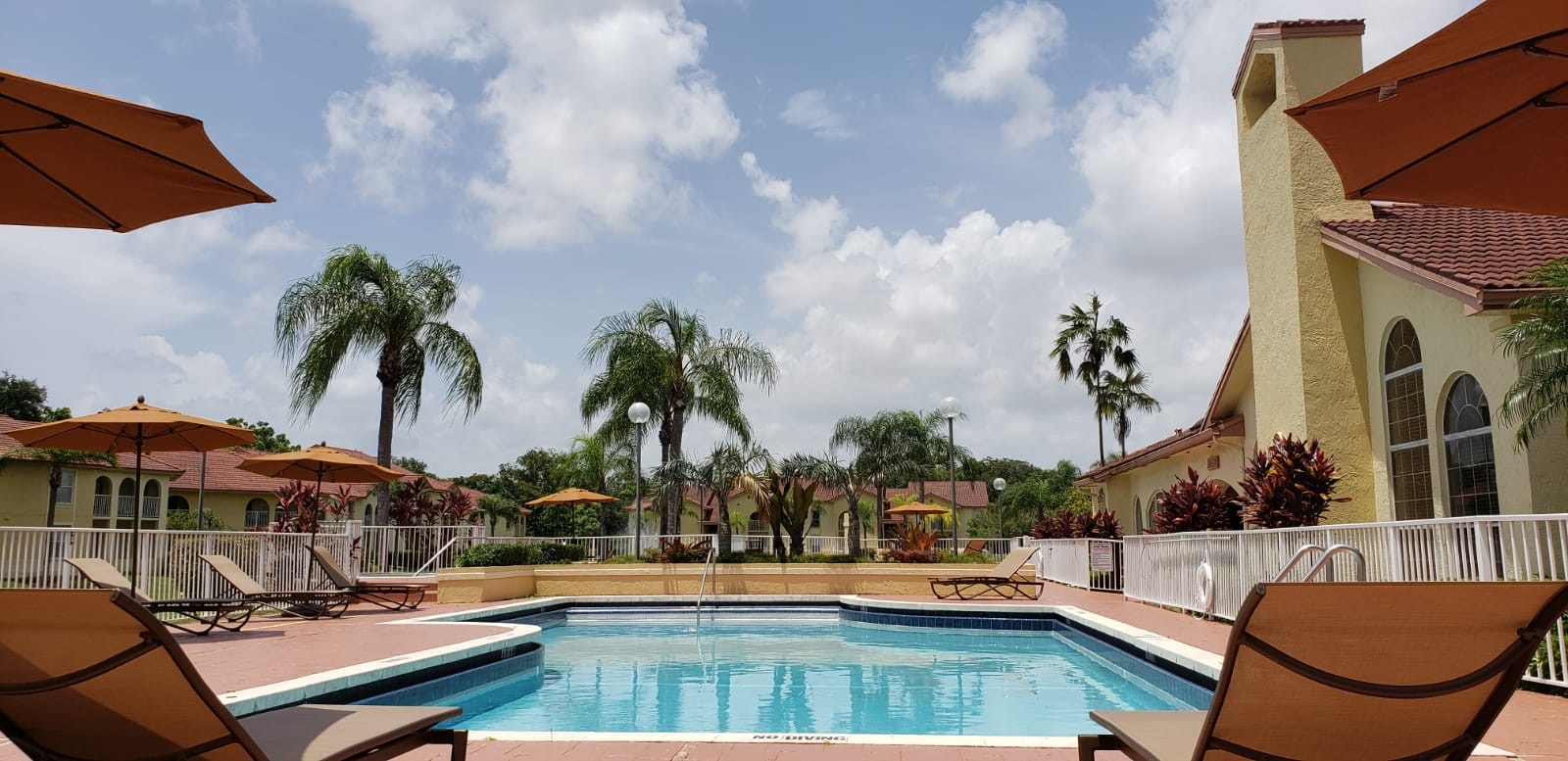 Resort Style Pool at Pepper Cove Apartments in Miami, FL