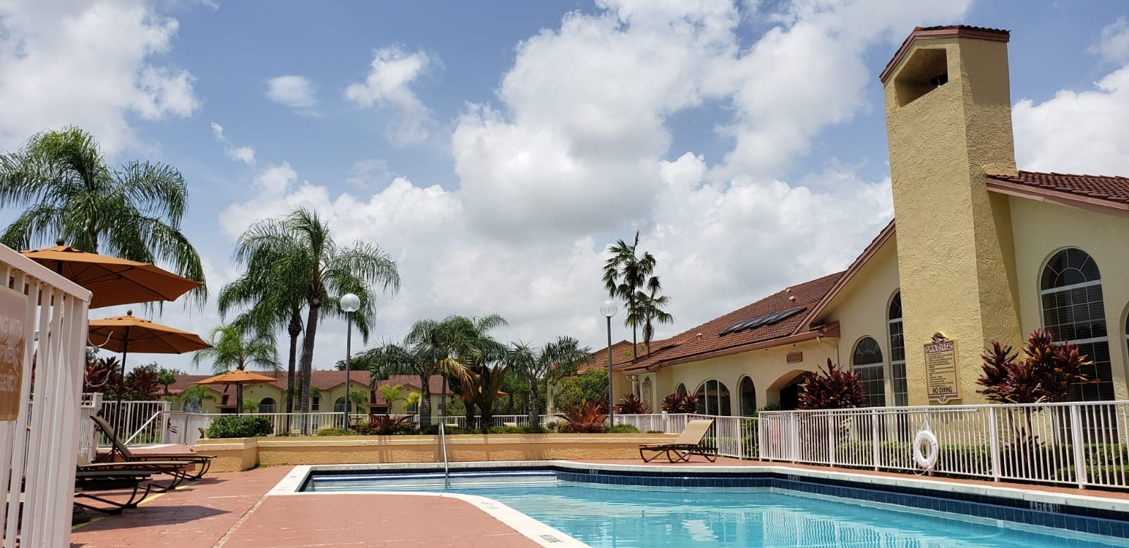Apartments for Lease at Pepper Cove Apartments in Miami, FL