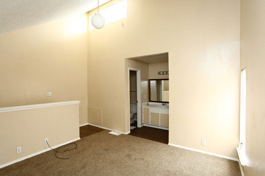 Two-Bedroom Apartments at Peppertree Apartments in Odessa, Texas