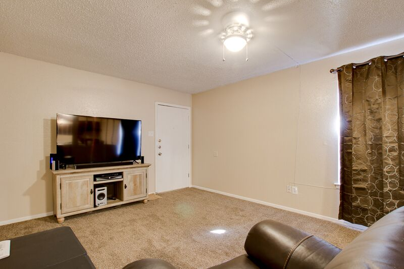 Odessa Apartments for Rent at Peppertree Apartments in Odessa, Texas