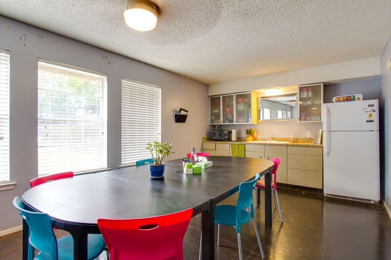 Dining Area at Peppertree Apartments in Odessa, Texas