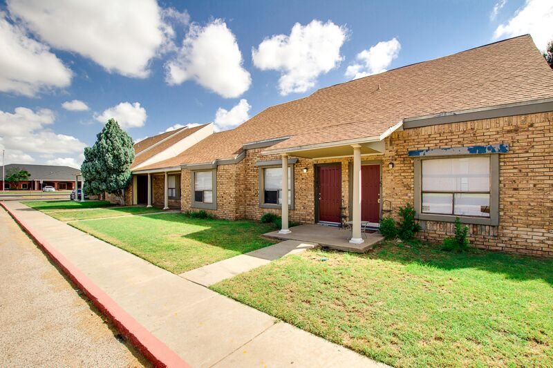 Odessa Apartment Living at Peppertree Apartments in Odessa, Texas