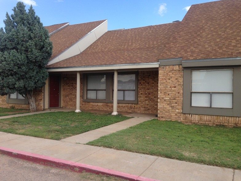 On-Site Maintenance at Peppertree Apartments in Odessa, Texas