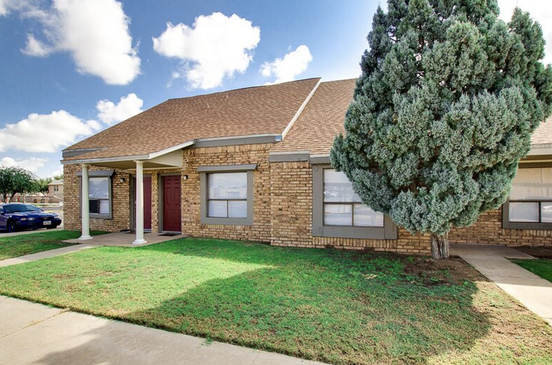 One, Two and Three-Bedroom Apartments at Peppertree Apartments in Odessa, Texas