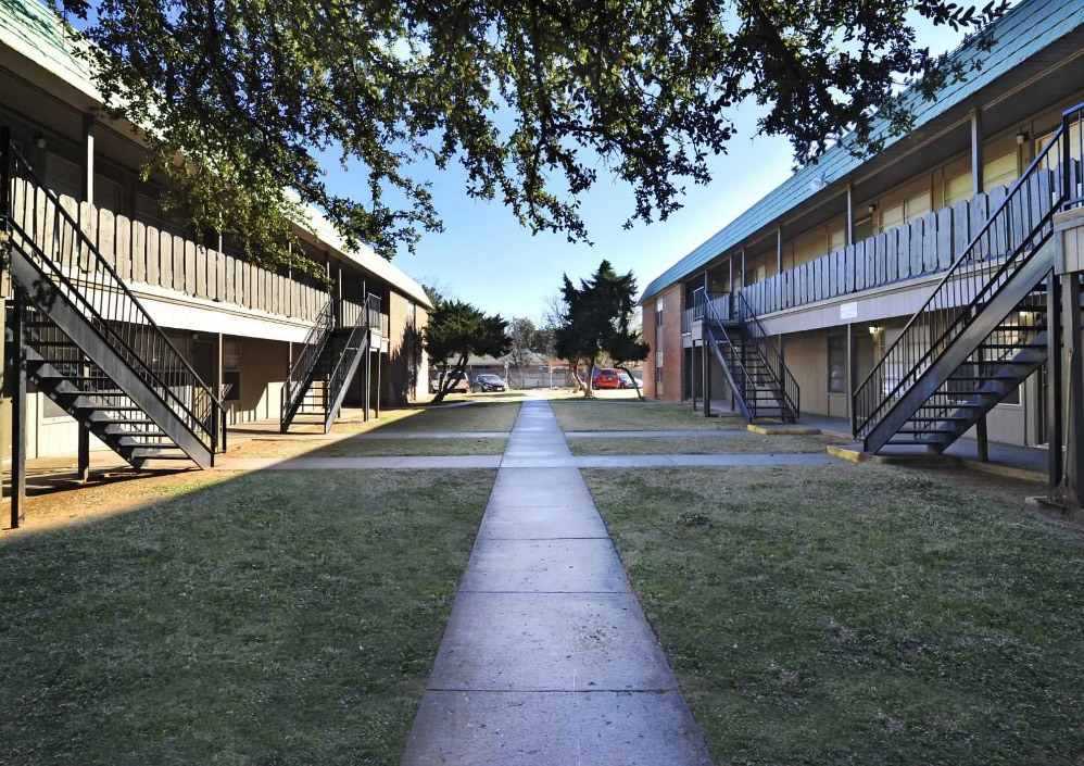 Sidewalks at Peppertree Apartments in Odessa, Texas