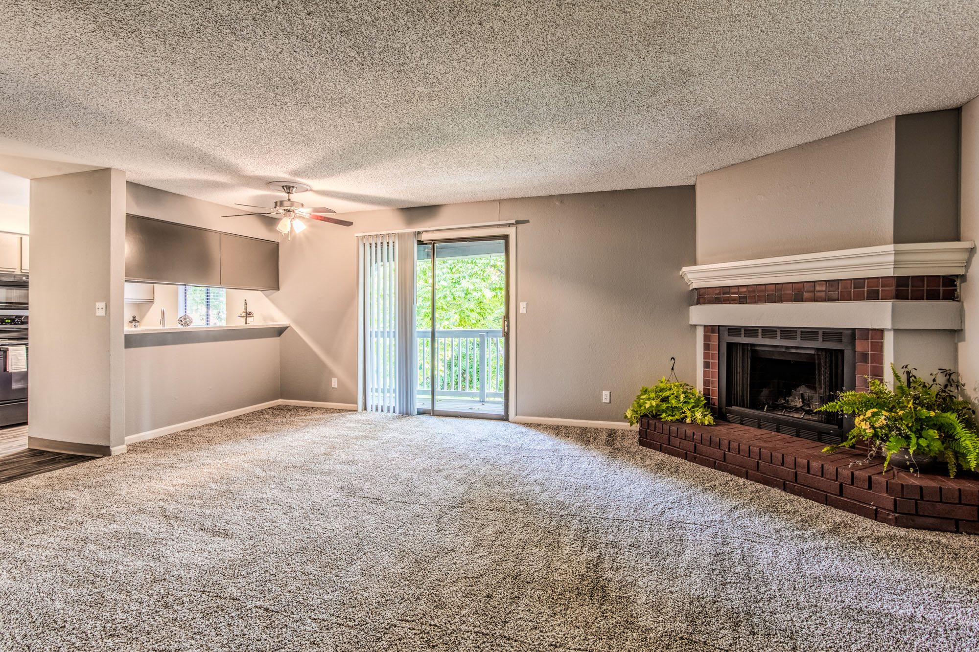 Open Floor Plans at Perry 81 Apartments in Overland Park, Kansas