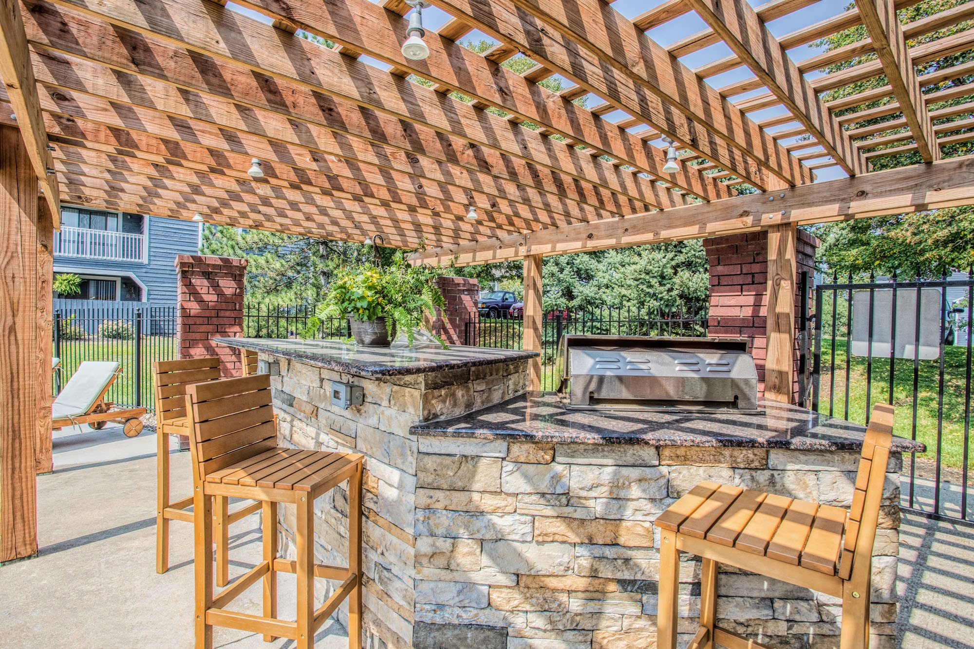 Grilling Station at Perry 81 Apartments in Overland Park, Kansas