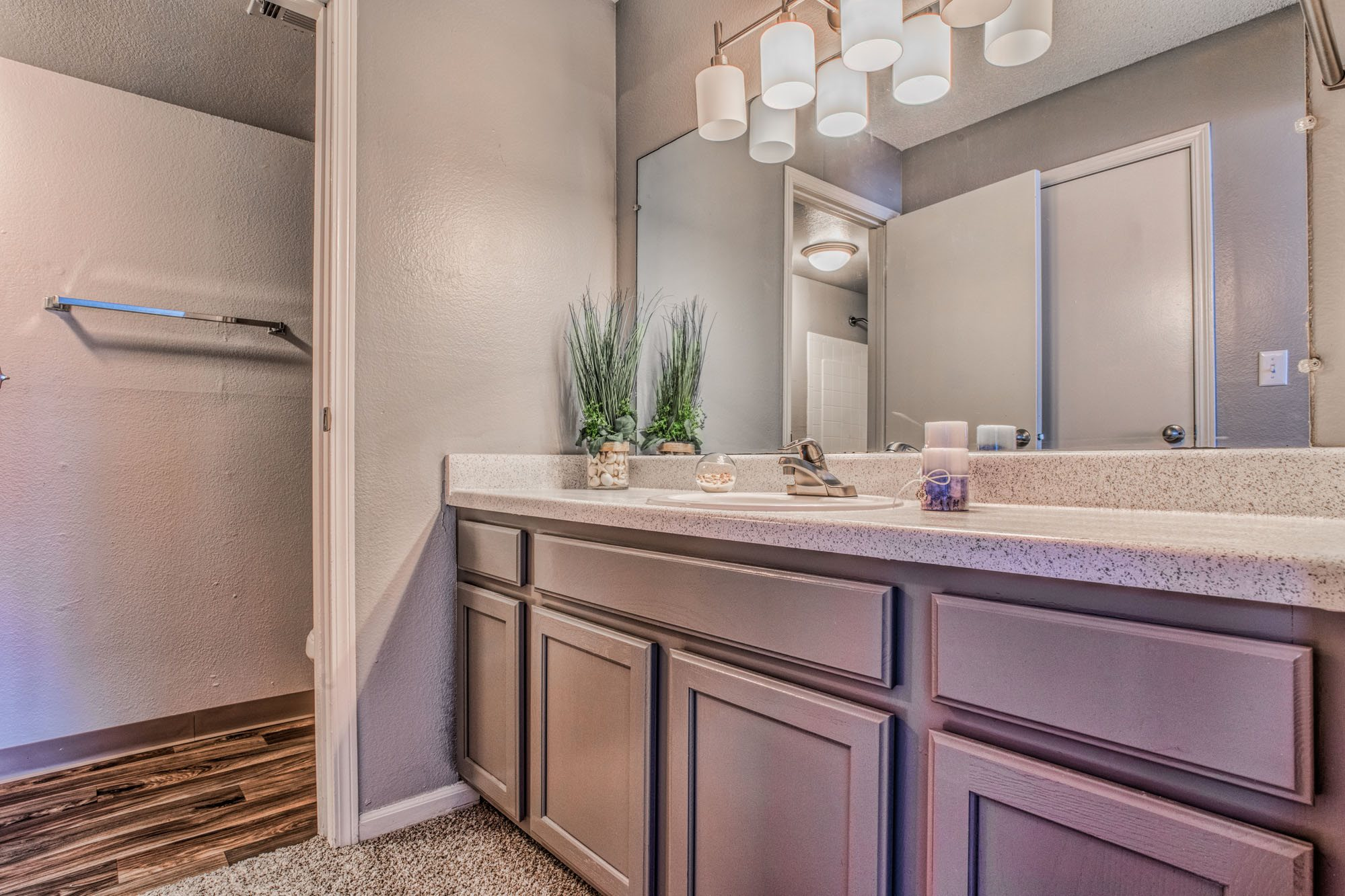 Upscale Interiors at Perry 81 Apartments in Overland Park, Kansas