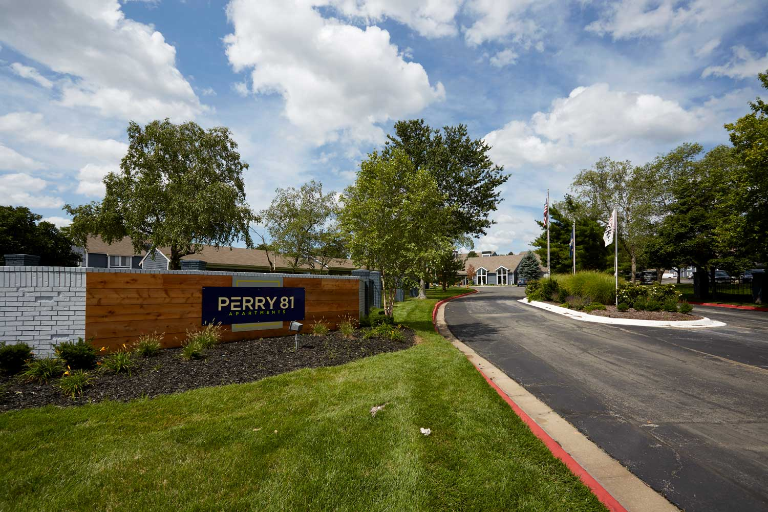 Welcome Sign at Perry 81 Apartments in Overland Park, Kansas