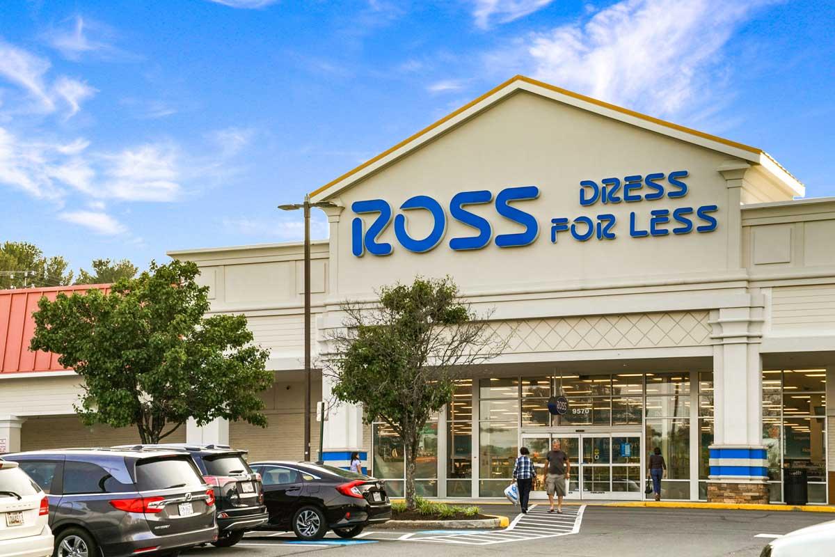 Ross is 2 blocks from Pinewood Plaza Apartments in Fairfax, VA