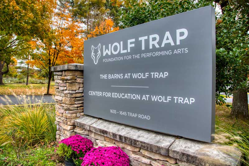 20 minutes to Wolf Trap National Park for the Performing Arts