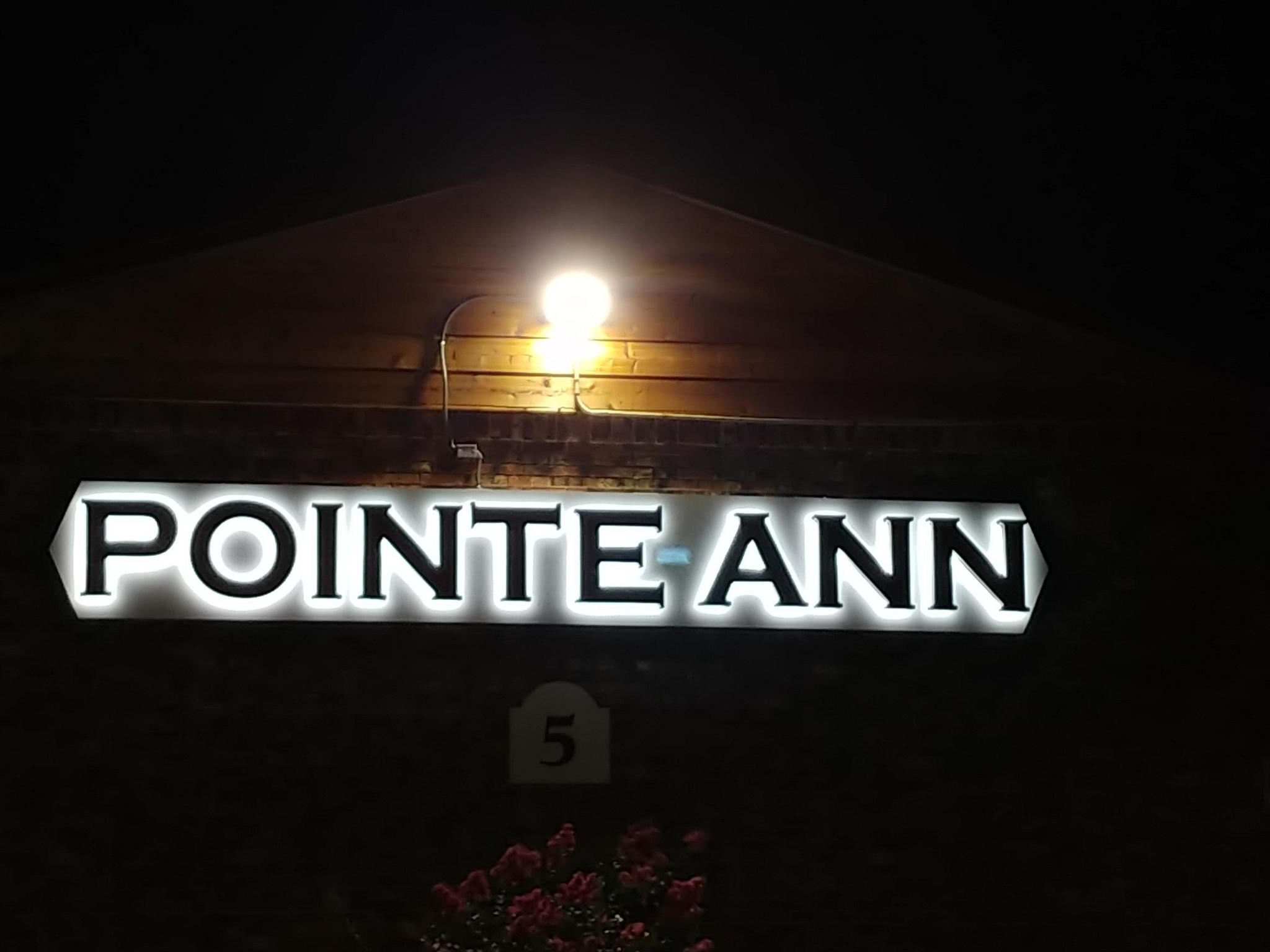 Pointe Ann Apartments