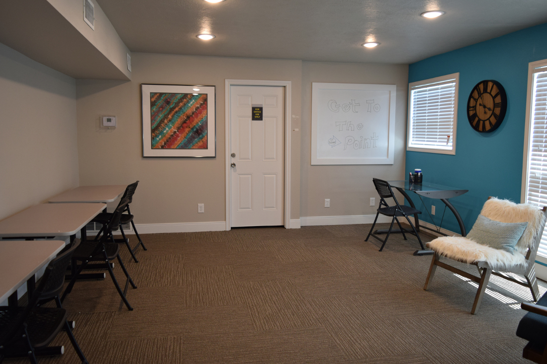 Resident Study Lounge at The Point on Redmond Apartments in College Station, TX