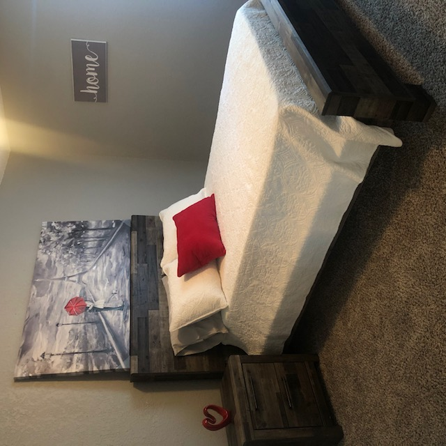One Bedroom Apartment at Polo Club Apartments in Tulsa, OK