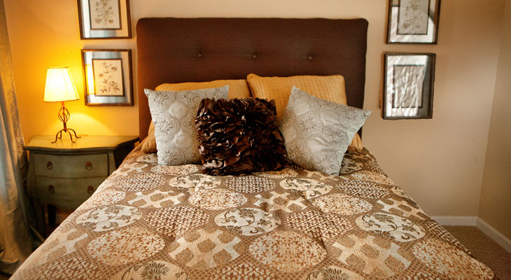 Bedroom at the Polo Downs Apartments in Fenton, MO