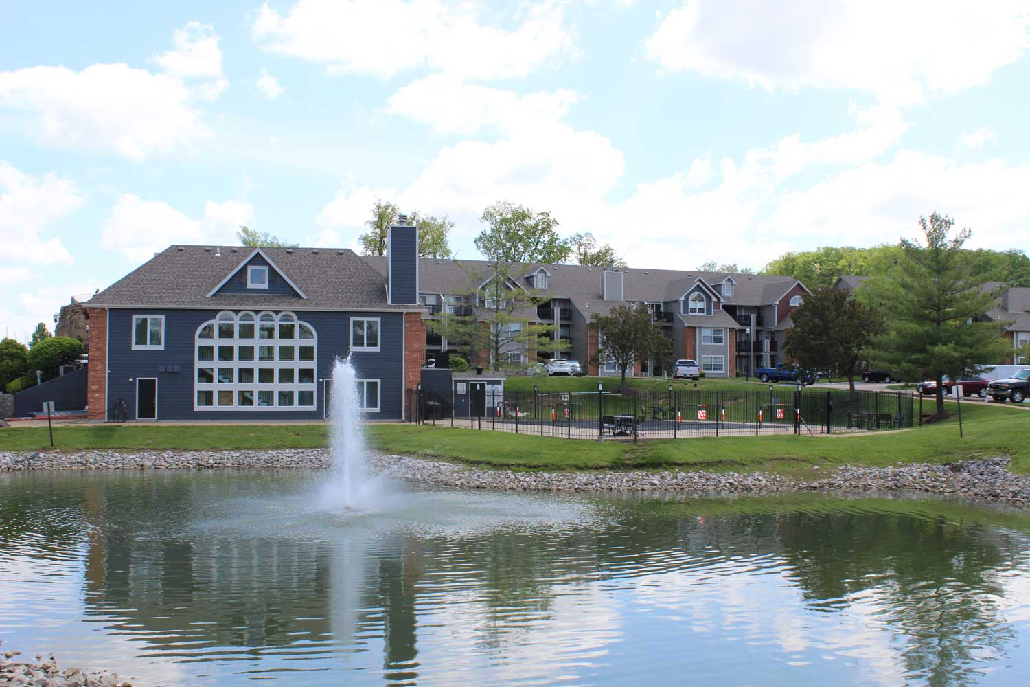 Fountain at Polo Downs Apartments in Fenton, MO