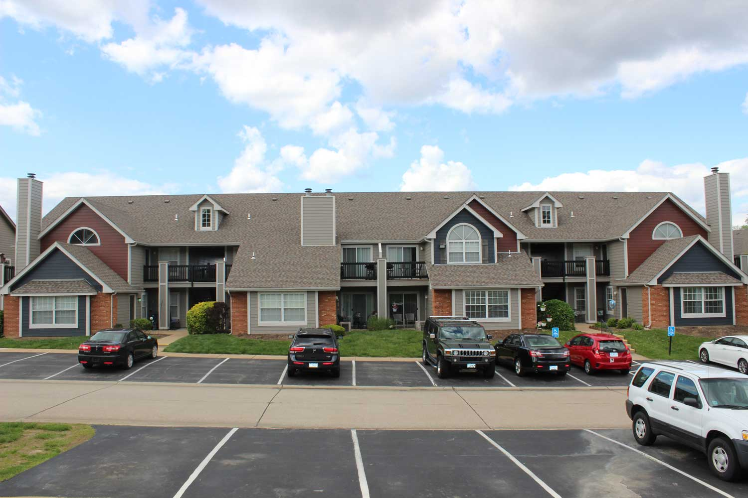 Community Friendly at Polo Downs Apartments in Fenton, MO