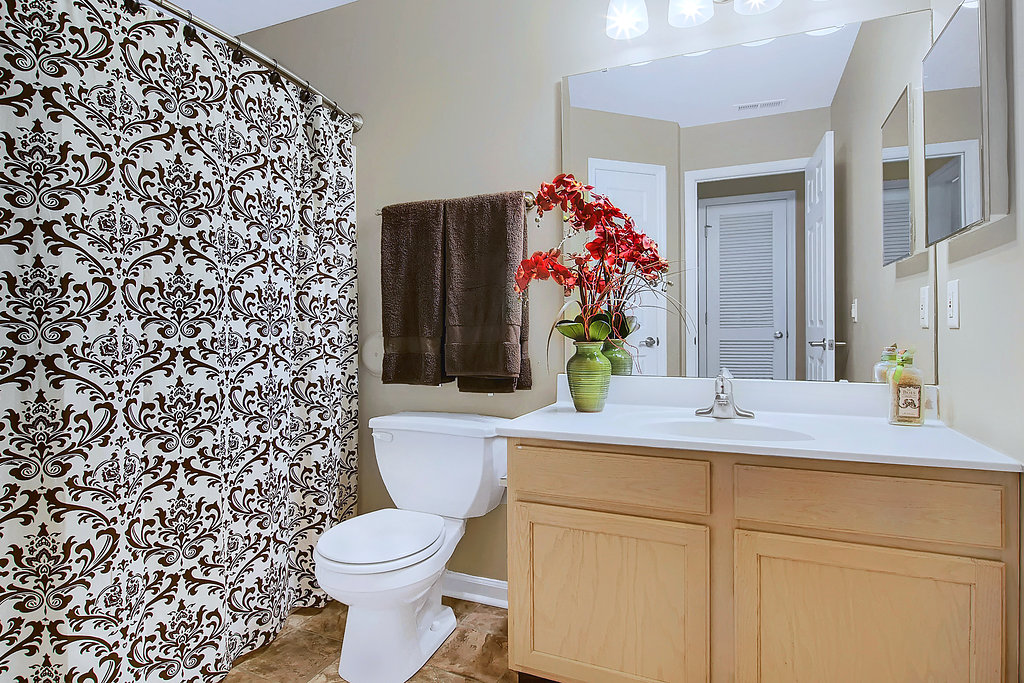 Westminster Guest Bathroom