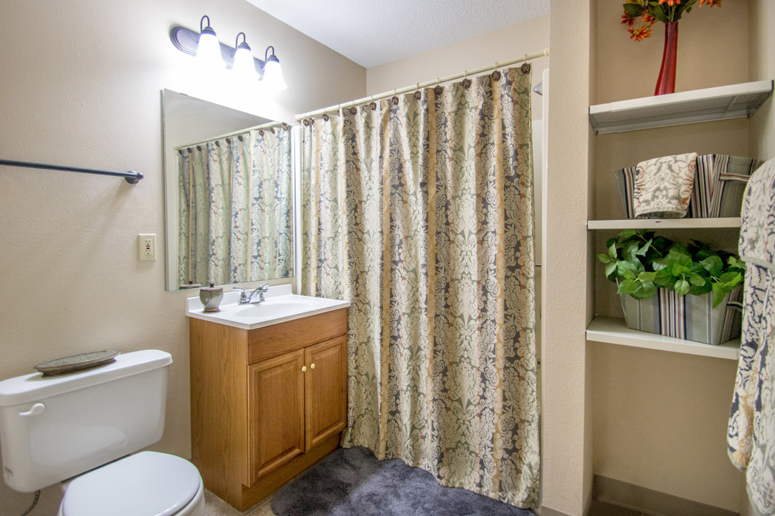 Shower and Tub Combination at Prairie West Apartments in Ames, IA
