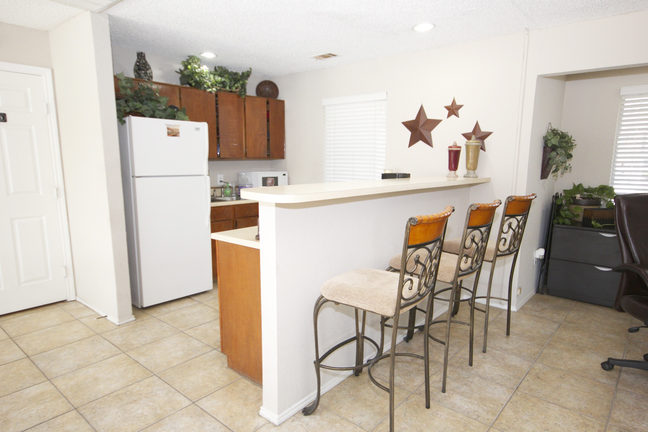 Community Clubhouse at Quail Ridge Apartments in Grand Prairie, Texas
