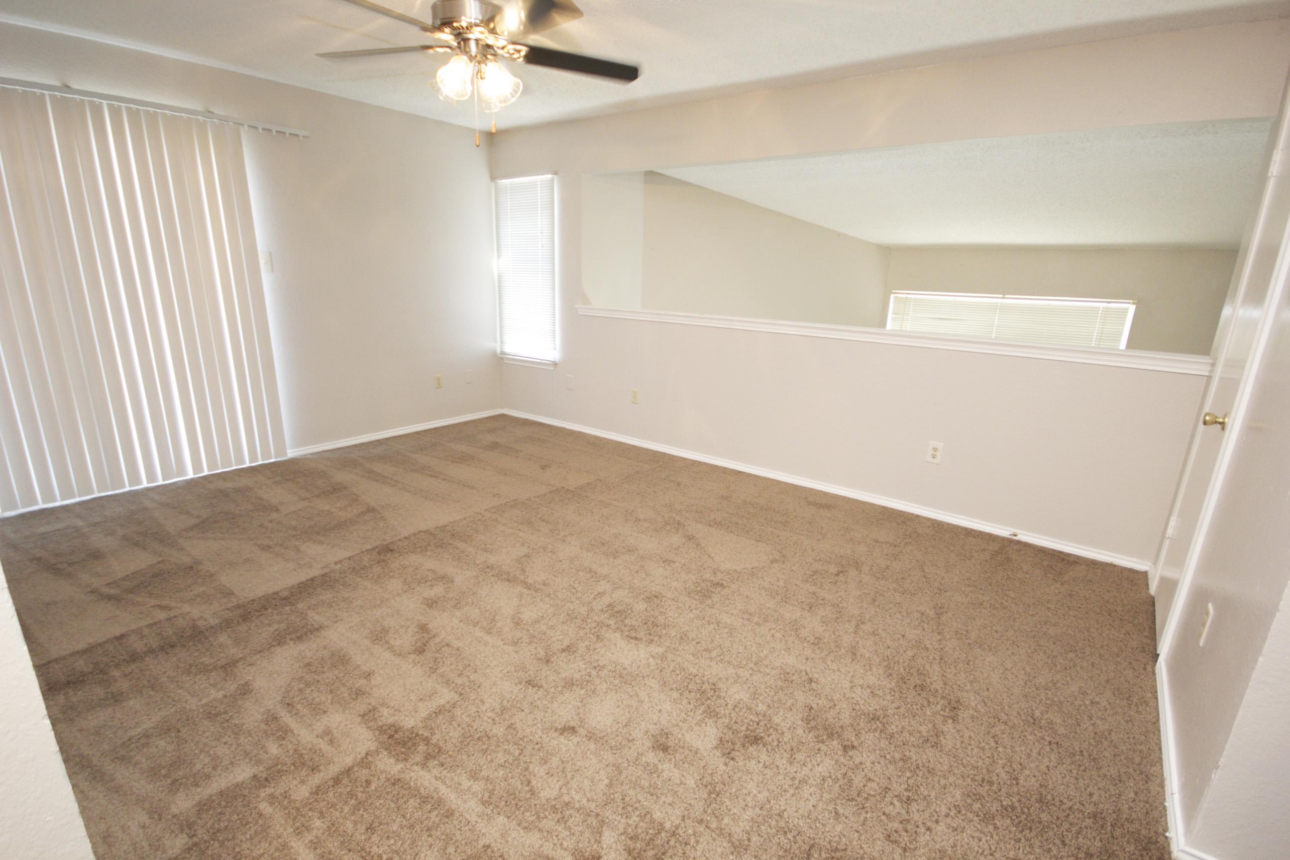 Plush Carpeting at Quail Ridge Apartments in Grand Prairie, Texas