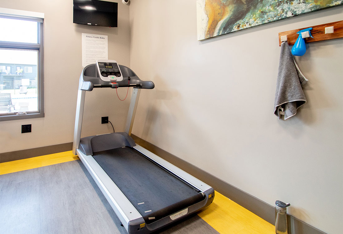 Fitness Center with Treadmill at Ravello 192 in Elkhorn, Nebraska