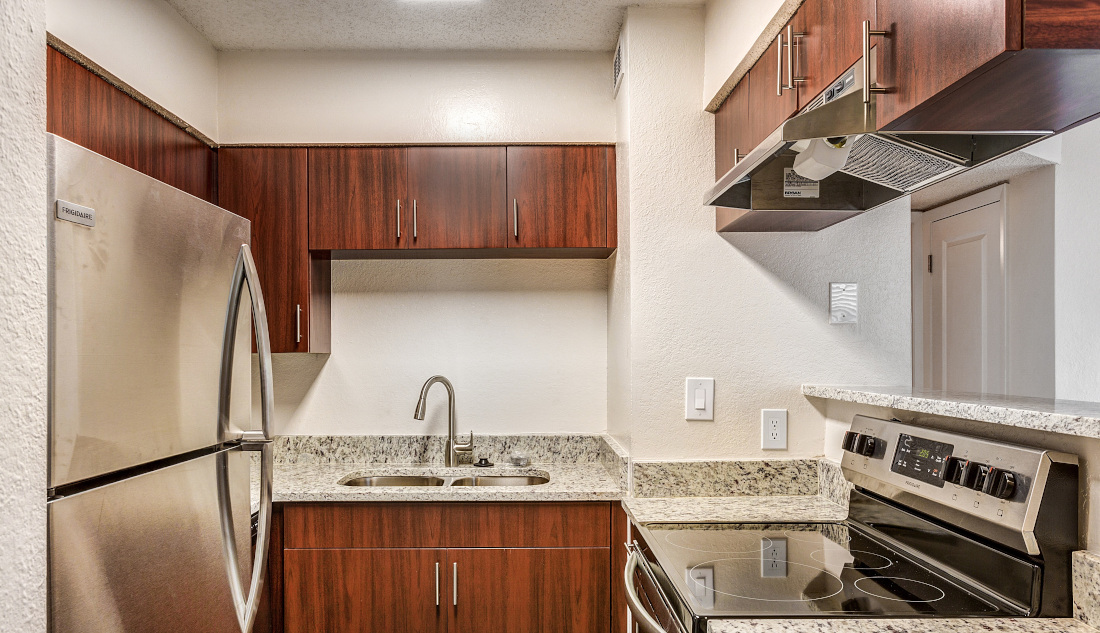 Stainless Steel Appliances at Reflections of Boca Del Mar Apartments in Boca Raton, Florida