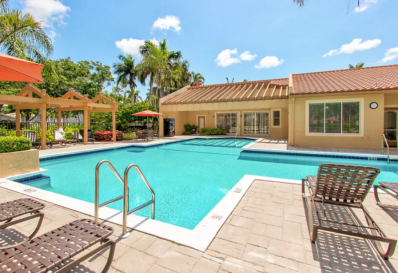 Resort-Style Pool at Reflections of Boca Del Mar Apartments in Boca Raton, Florida