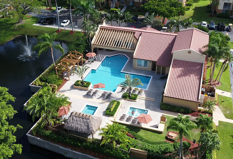 Luxury Apartments for Rent at Reflections of Boca Del Mar Apartments in Boca Raton, Florida