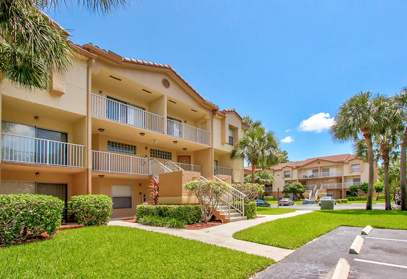One and Two-Bedroom Apartments at Reflections of Boca Del Mar Apartments in Boca Raton, Florida