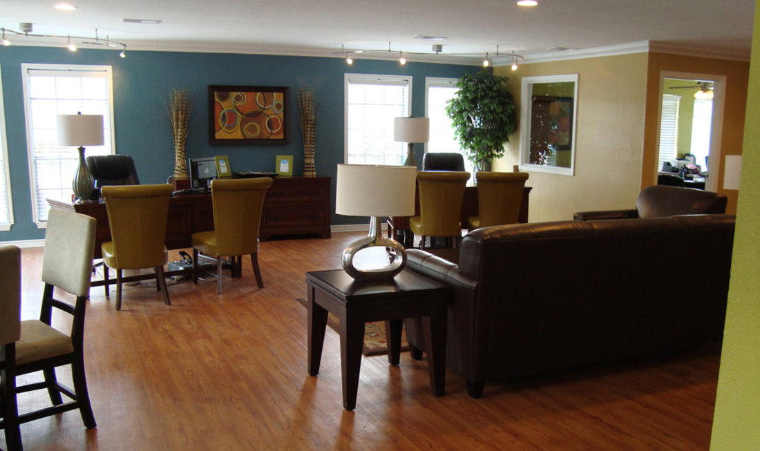 Comfortable Community Clubhouse at Regal Crossing Apartments in Dallas, Texas