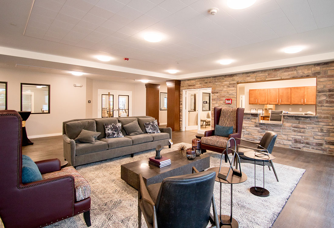 Community Area at the Residence of Arbor Grove - Apartments in Arlington, TX