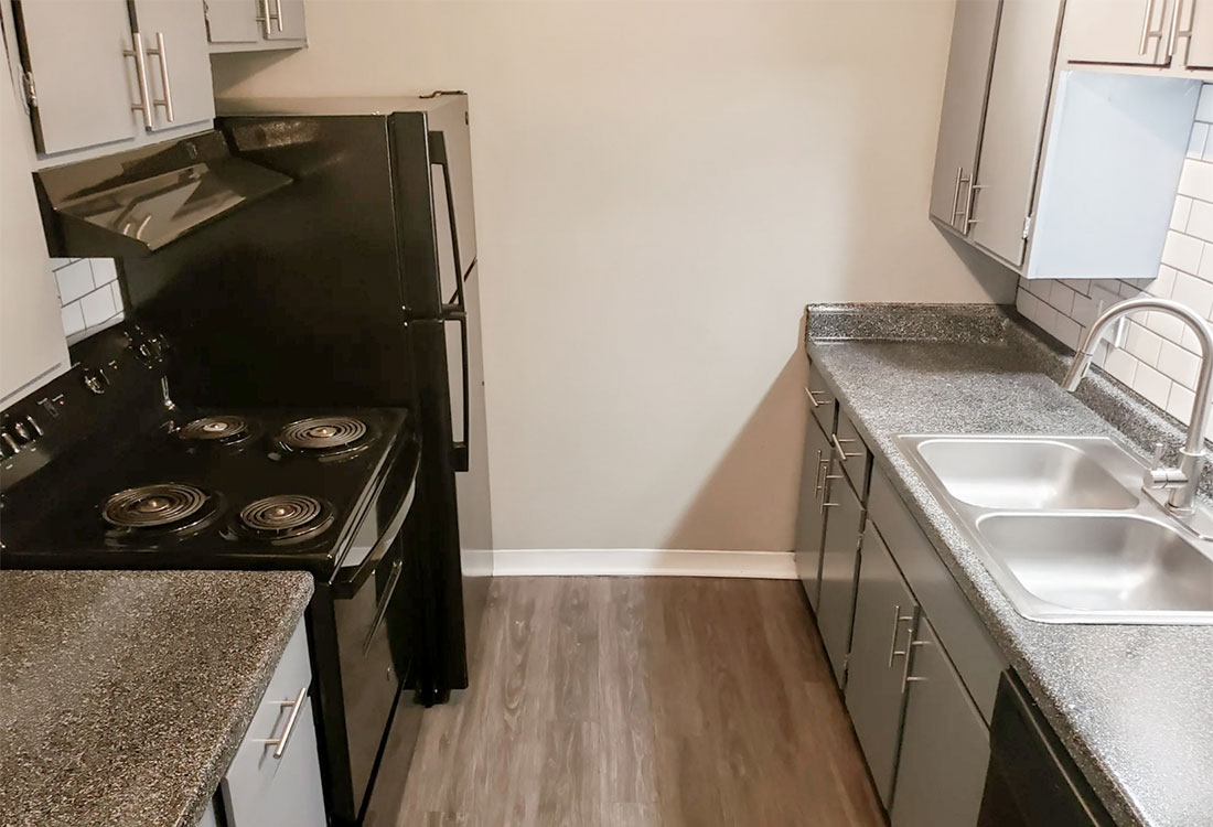 Fully Equipped Kitchen at Riatta Ranch Apartments in Abilene, TX
