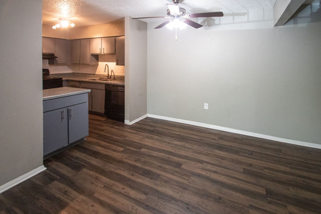 Well-Equipped Kitchens and Separate Dining Area at Riatta Ranch Apartments in Abilene, Texas