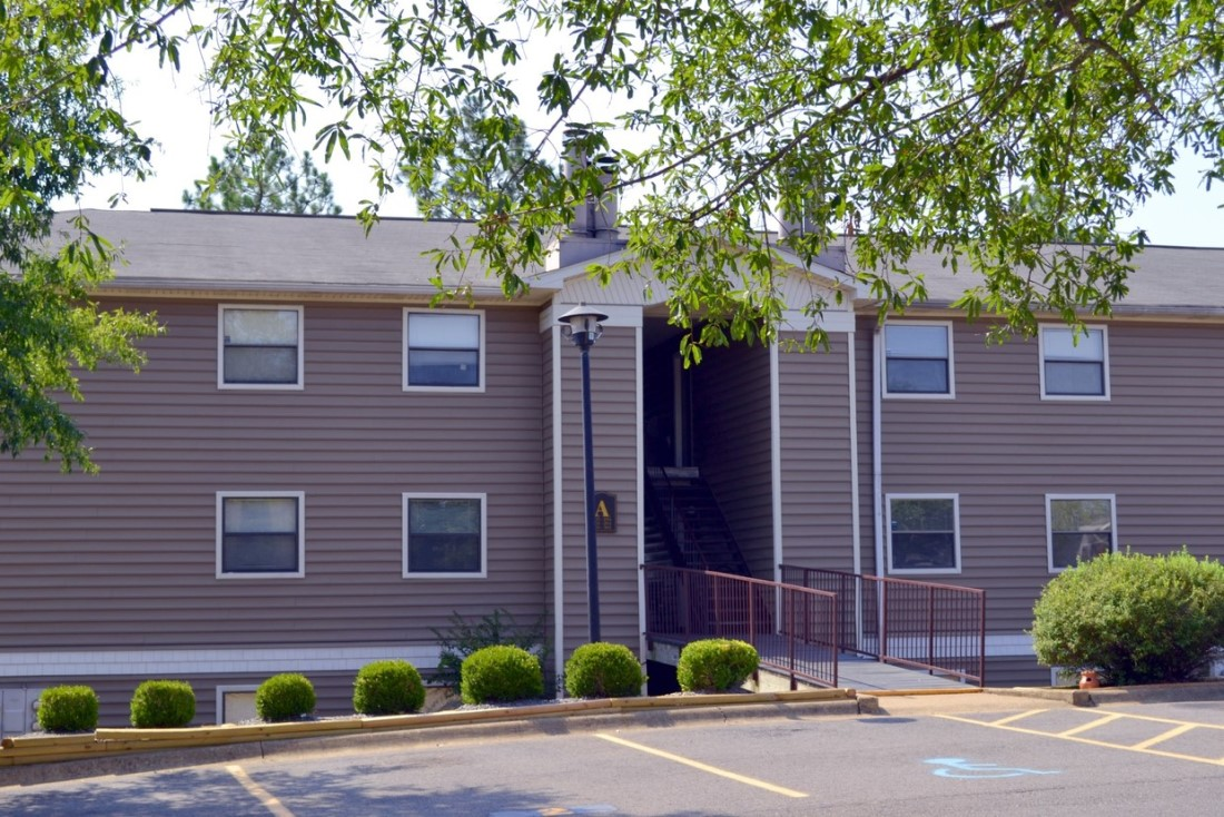 Pet-Friendly Community at Ridgewood Apartments in Hot Springs, Arkansas