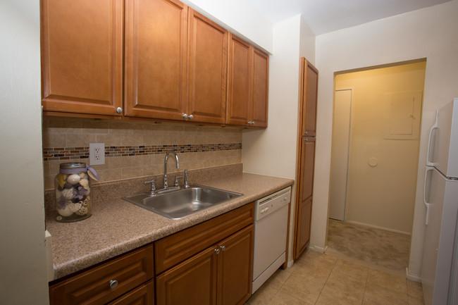 Fully Equipped Kitchen at River Edge at Nyack Apartments in Nyack, NY