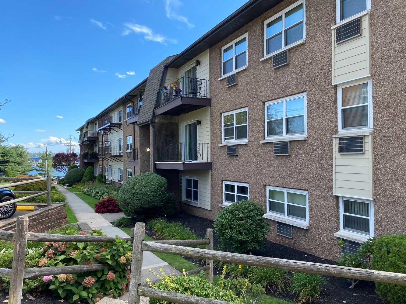 Apartments for Rent at River Edge at Nyack Apartments in Nyack, NY