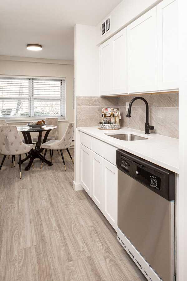 Granite Counter Tops at River Edge at Nyack Apartments in Nyack, NY