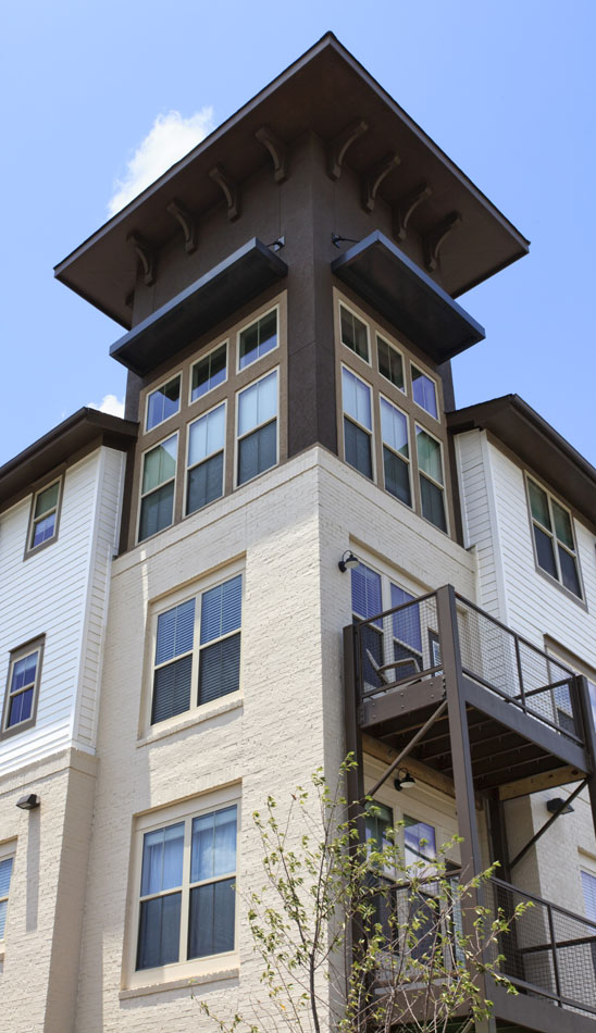 1-Bedroom Apartments at Riverhouse Apartments in Little Rock, Arkansas