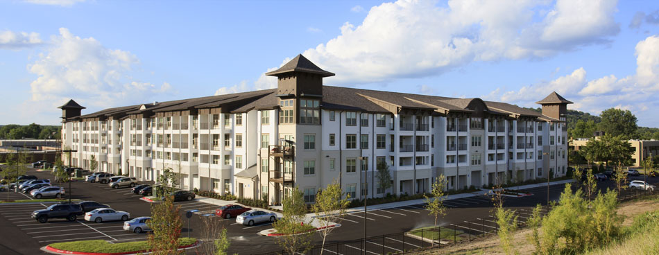 Apartment Rentals at Riverhouse Apartments in Little Rock, Arkansas